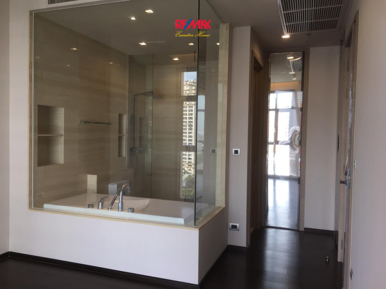 RE/MAX Executive Homes Agency's Spacious 2 Bedroom for Sale XXXIX by Sansiri 7