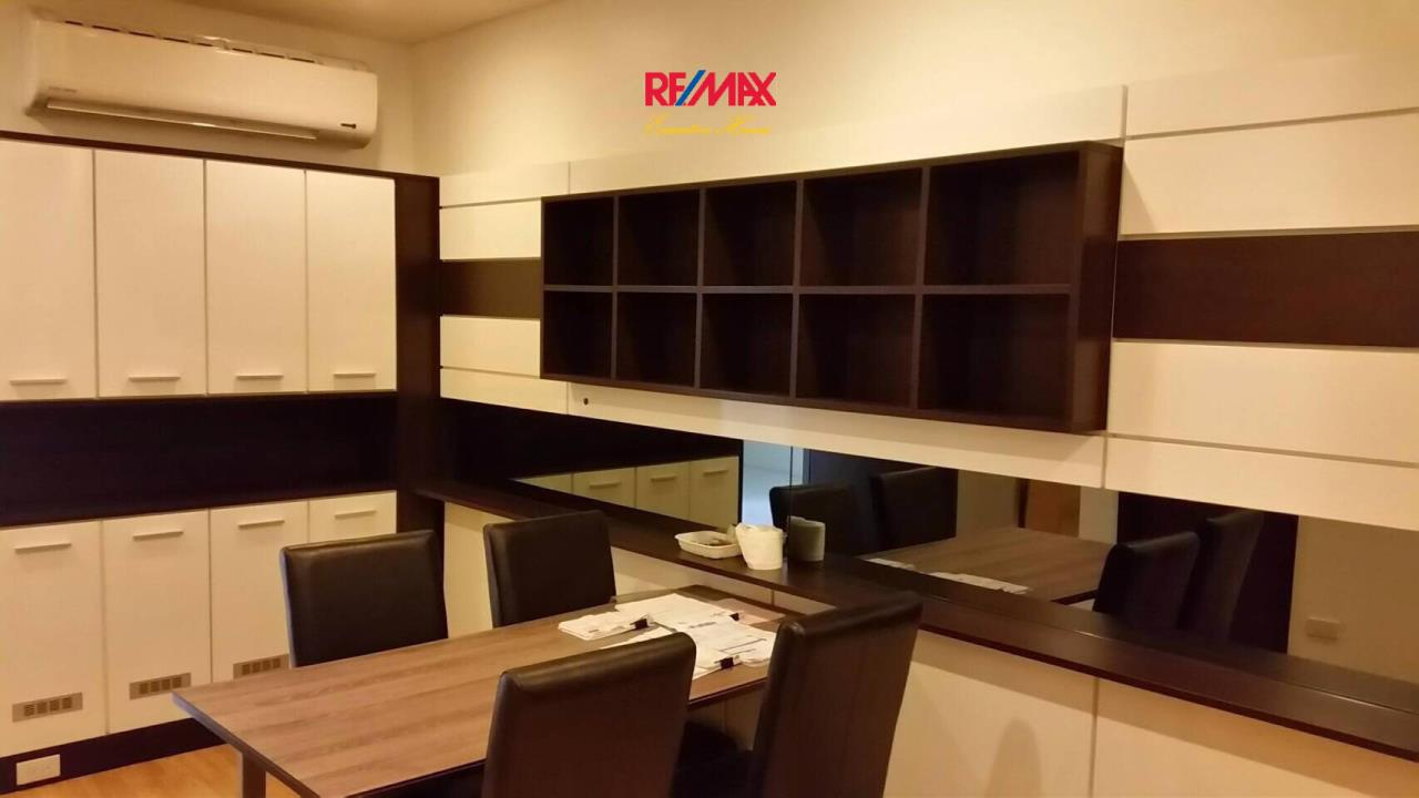 RE/MAX Executive Homes Agency's Spacious 1 Bedroom for Sale Le Luk 6