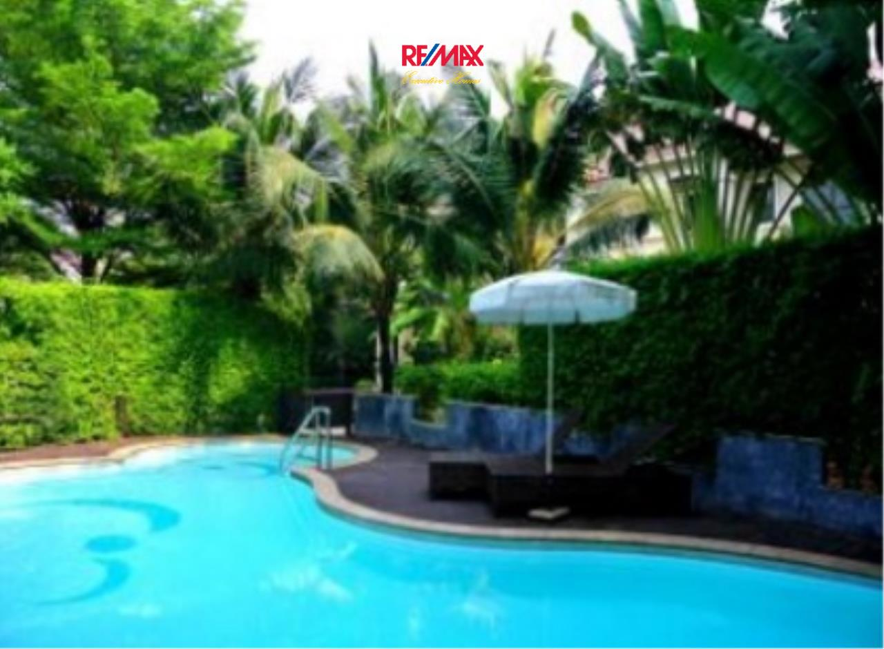 RE/MAX Executive Homes Agency's Spacious 4 Bedroom House for Rent in Ramkhamaeng 3