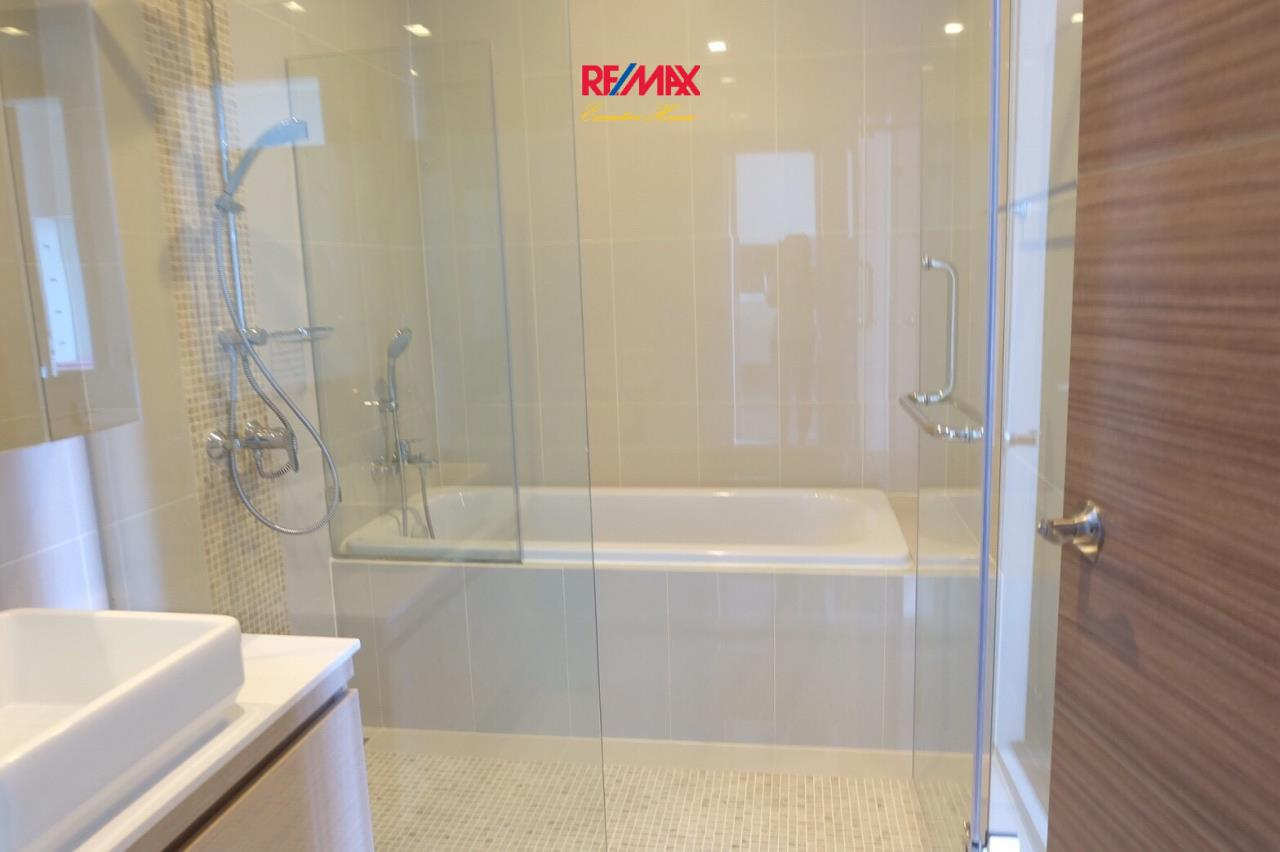 RE/MAX Executive Homes Agency's Nice 1 Bedroom for Sale Q Asoke 5