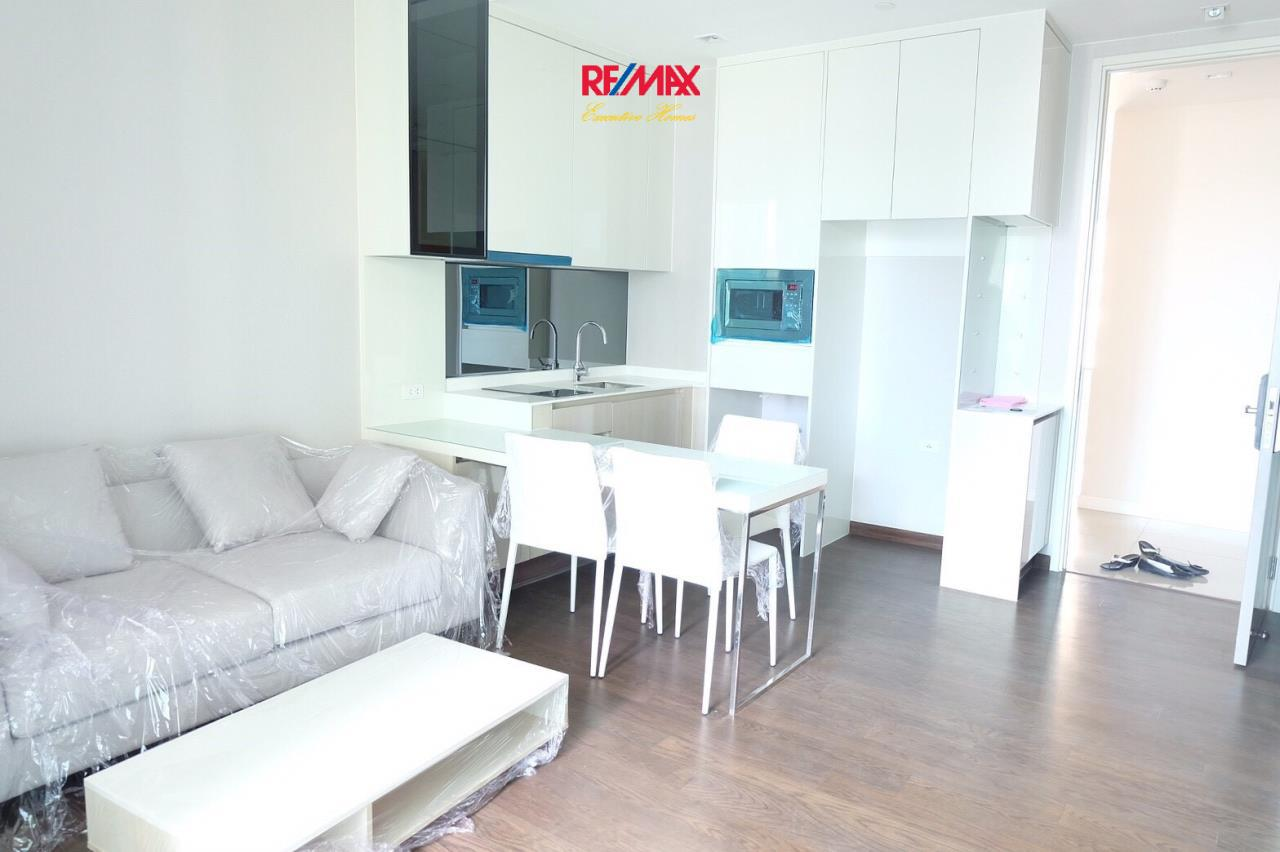 RE/MAX Executive Homes Agency's Nice 1 Bedroom for Sale Q Asoke 2