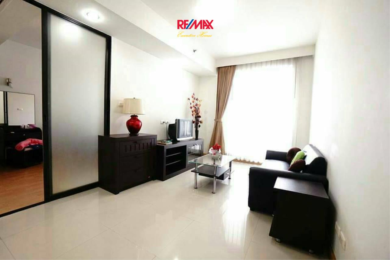 RE/MAX Executive Homes Agency's Spacious 1 Bedroom for Rent Supalai Premier Place Asoke 3