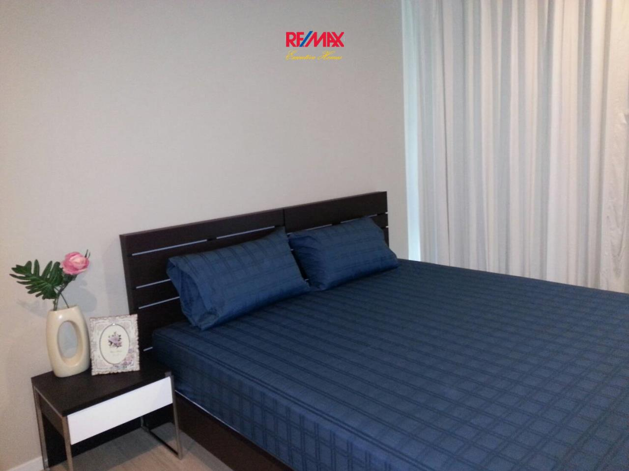 RE/MAX Executive Homes Agency's Lovely 1 Bedroom for Rent The Room 21 3