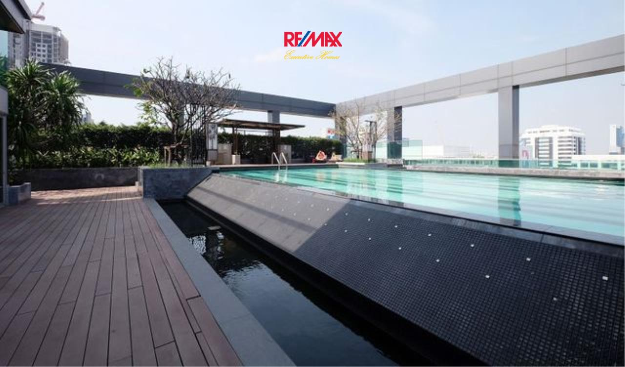 RE/MAX Executive Homes Agency's Lovely 2 Bedroom for Sale Thru Thonglor 6