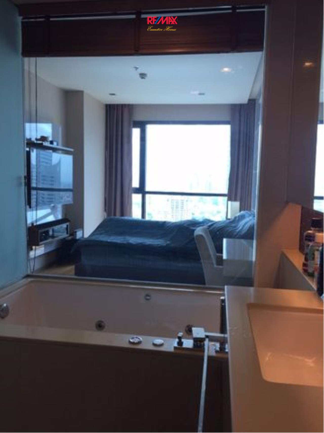 RE/MAX Executive Homes Agency's Nice 1 Bedroom for Sale Address Sathorn 3