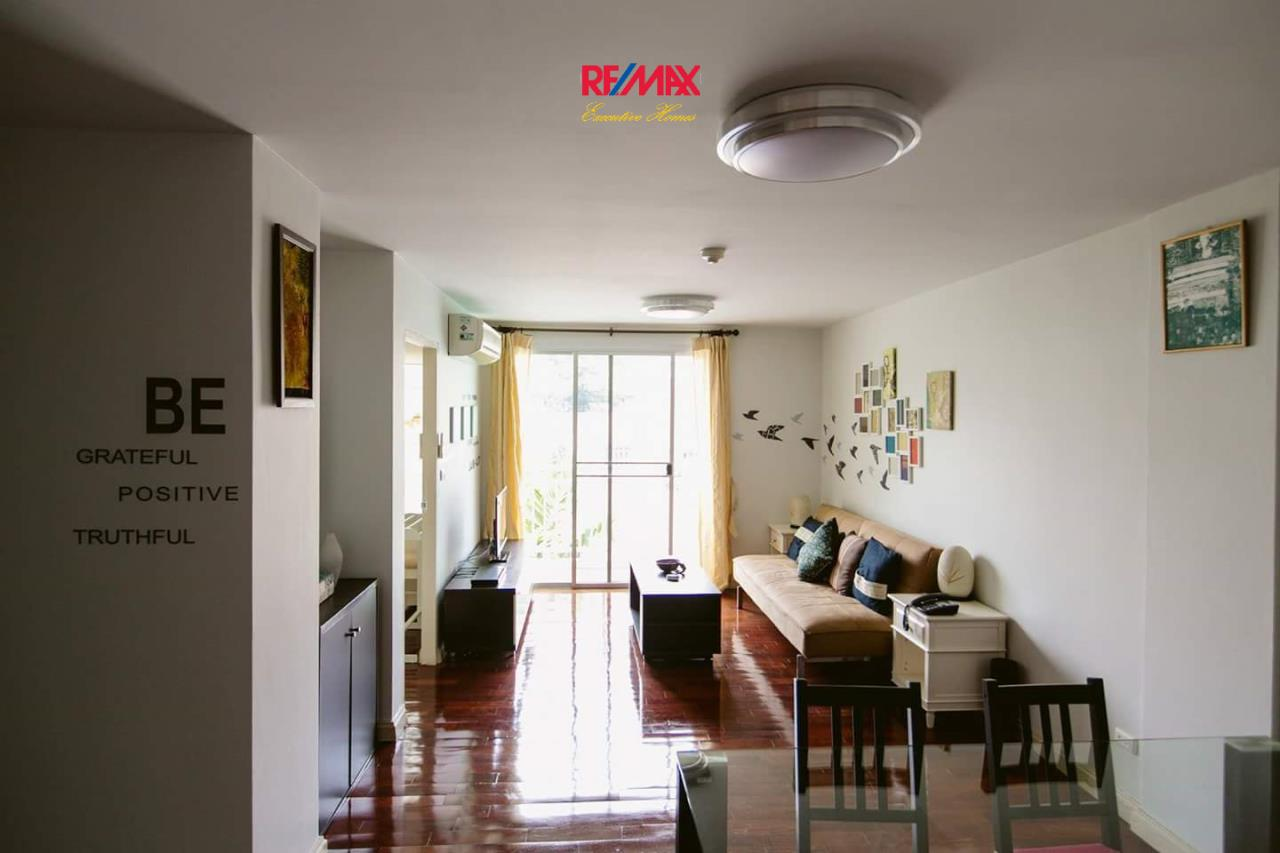 RE/MAX Executive Homes Agency's Spacious 1 Bedroom for Rent 49 Plus 3