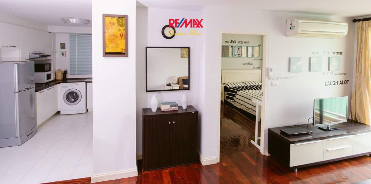 RE/MAX Executive Homes Agency's Spacious 1 Bedroom for Rent 49 Plus 5
