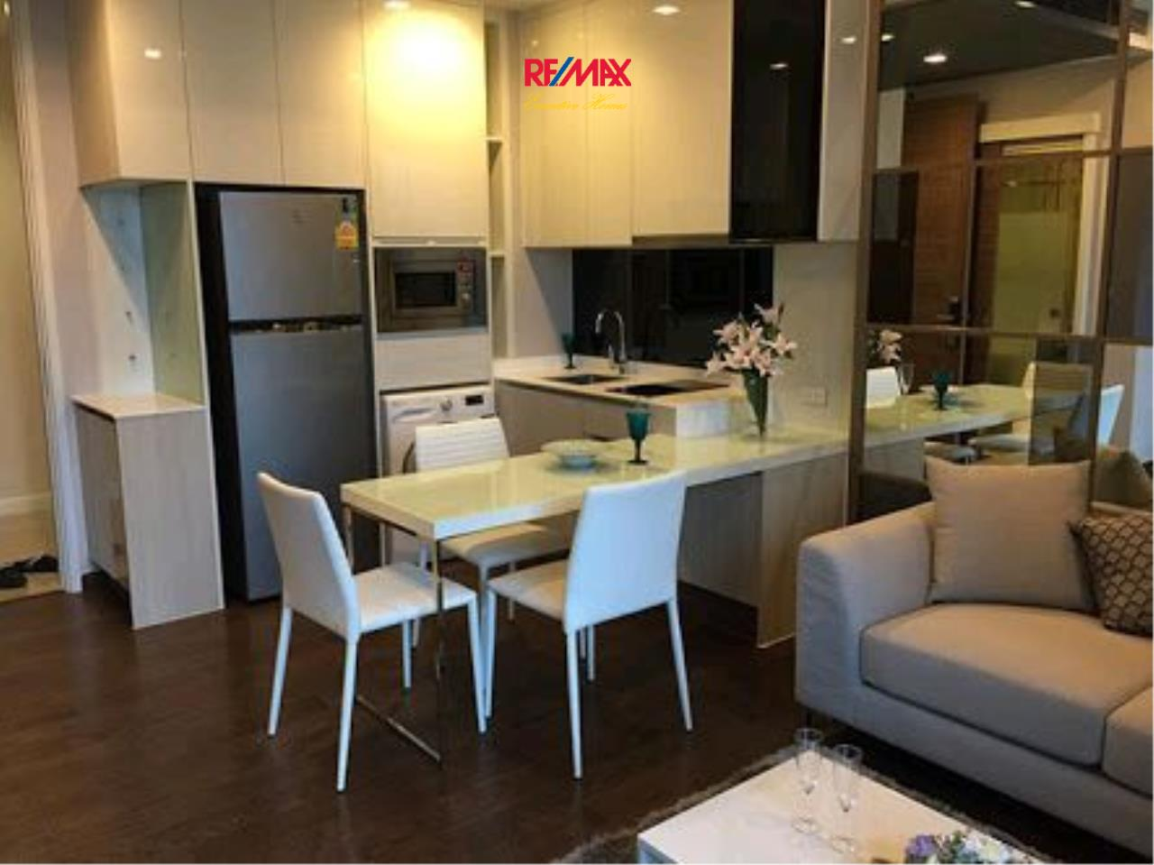 RE/MAX Executive Homes Agency's Lovely 1 Bedroom for Sale Q Asoke 2