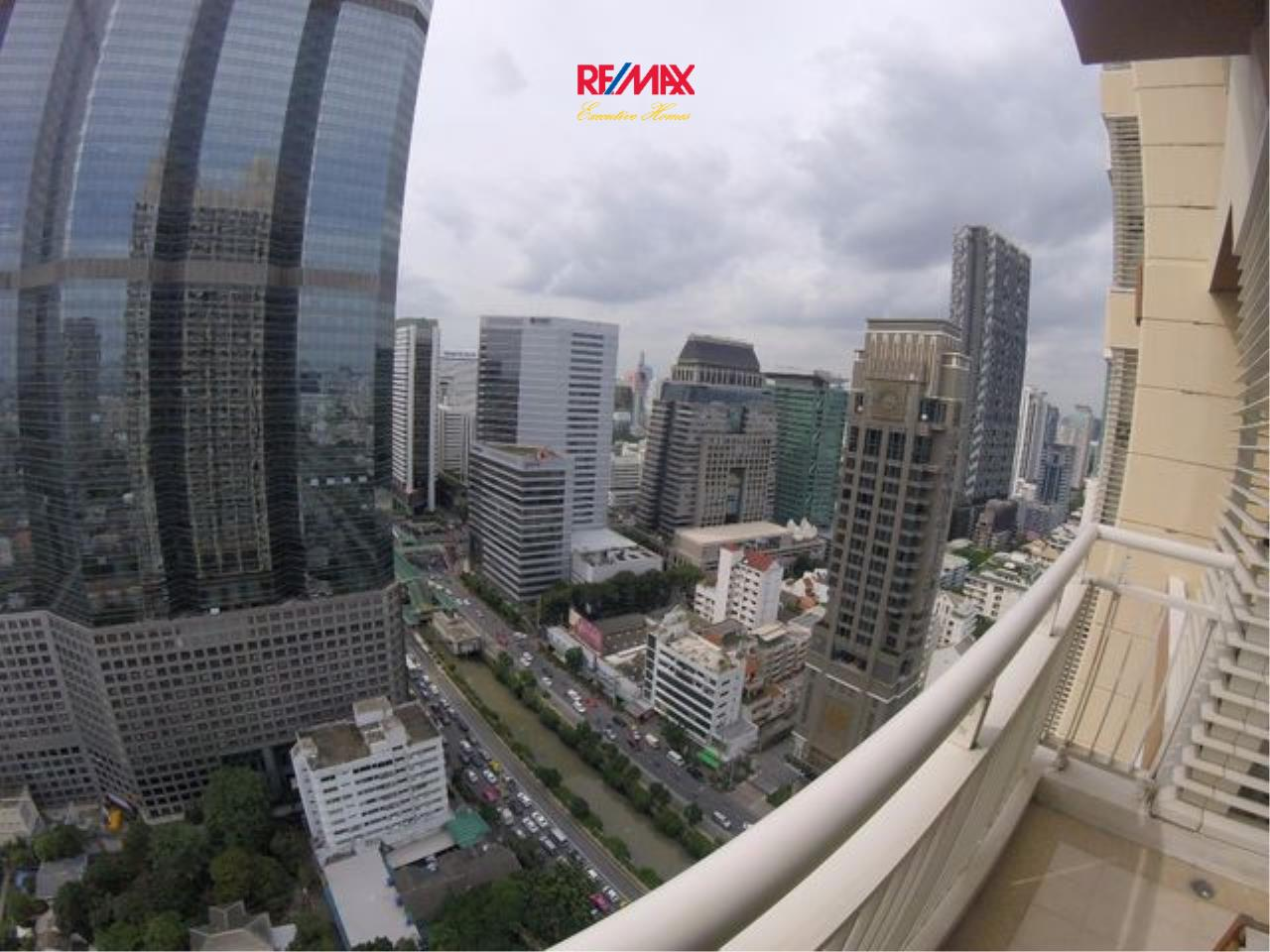 RE/MAX Executive Homes Agency's Spacious 1 Bedroom for Rent Empire Place Sathorn 6