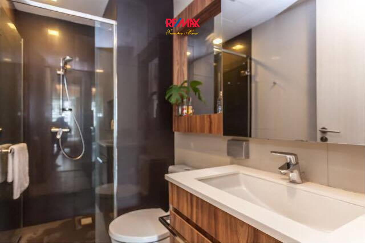 RE/MAX Executive Homes Agency's Lovely 2 Bedroom for Rent Via 49 6