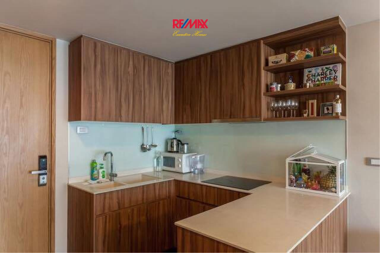 RE/MAX Executive Homes Agency's Lovely 2 Bedroom for Rent Via 49 5