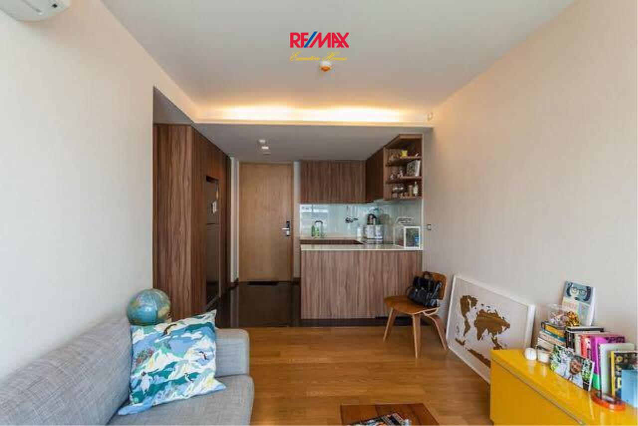 RE/MAX Executive Homes Agency's Lovely 2 Bedroom for Rent Via 49 2
