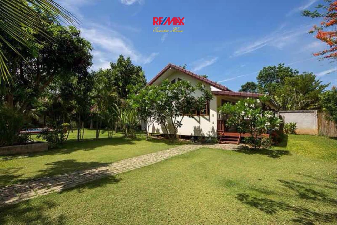 RE/MAX Executive Homes Agency's Beautiful Riverside Home in Panburi  near Hua Hin 7