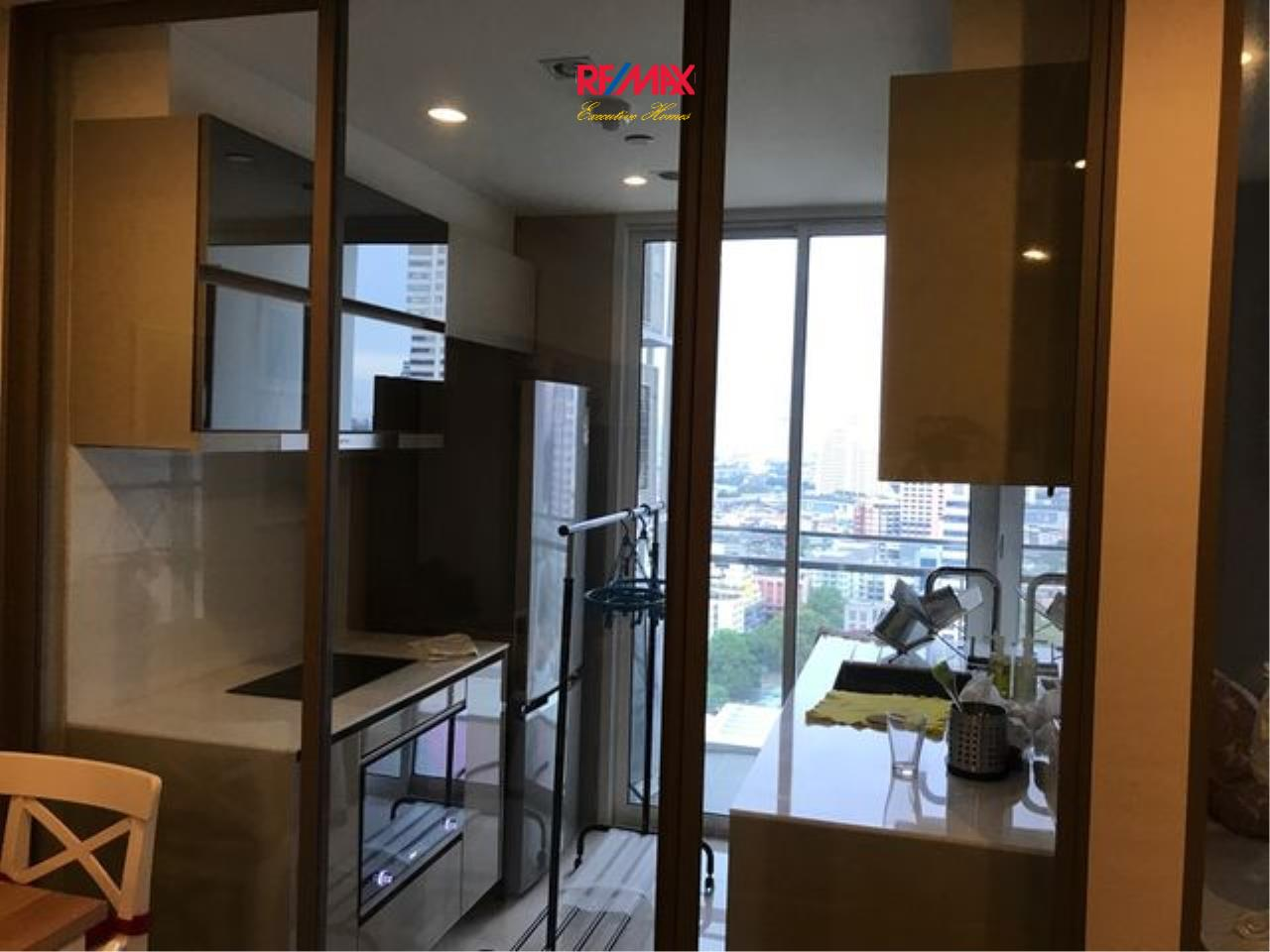 RE/MAX Executive Homes Agency's Beautiful 1 Bedroom for Sale The Room Sathorn Pan 7