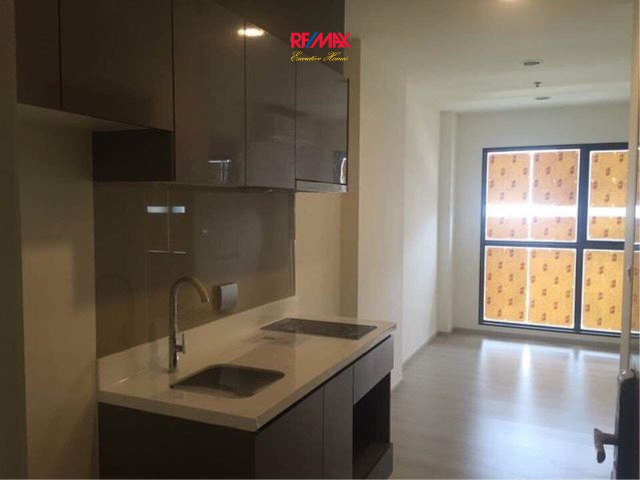 RE/MAX Executive Homes Agency's Nice 1 Bedroom for Sale Rhythm Asoke 2 4