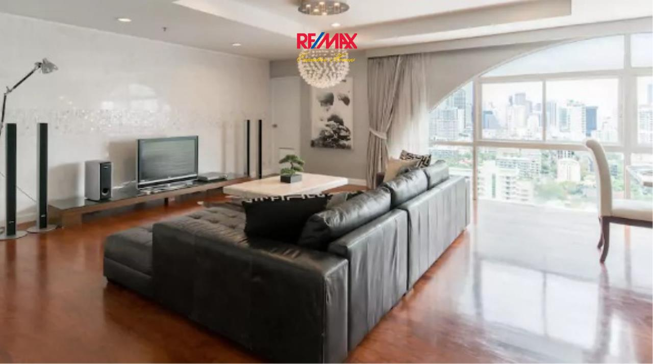 RE/MAX Executive Homes Agency's Beautiful 4 Bedroom for Rent Kiarti Thanee  2