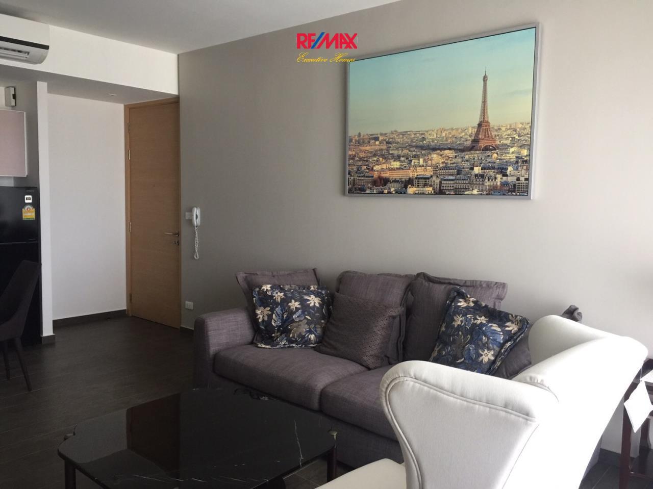 RE/MAX Executive Homes Agency's Nice 2 Bedroom for Rent Lofts Ekamai  1