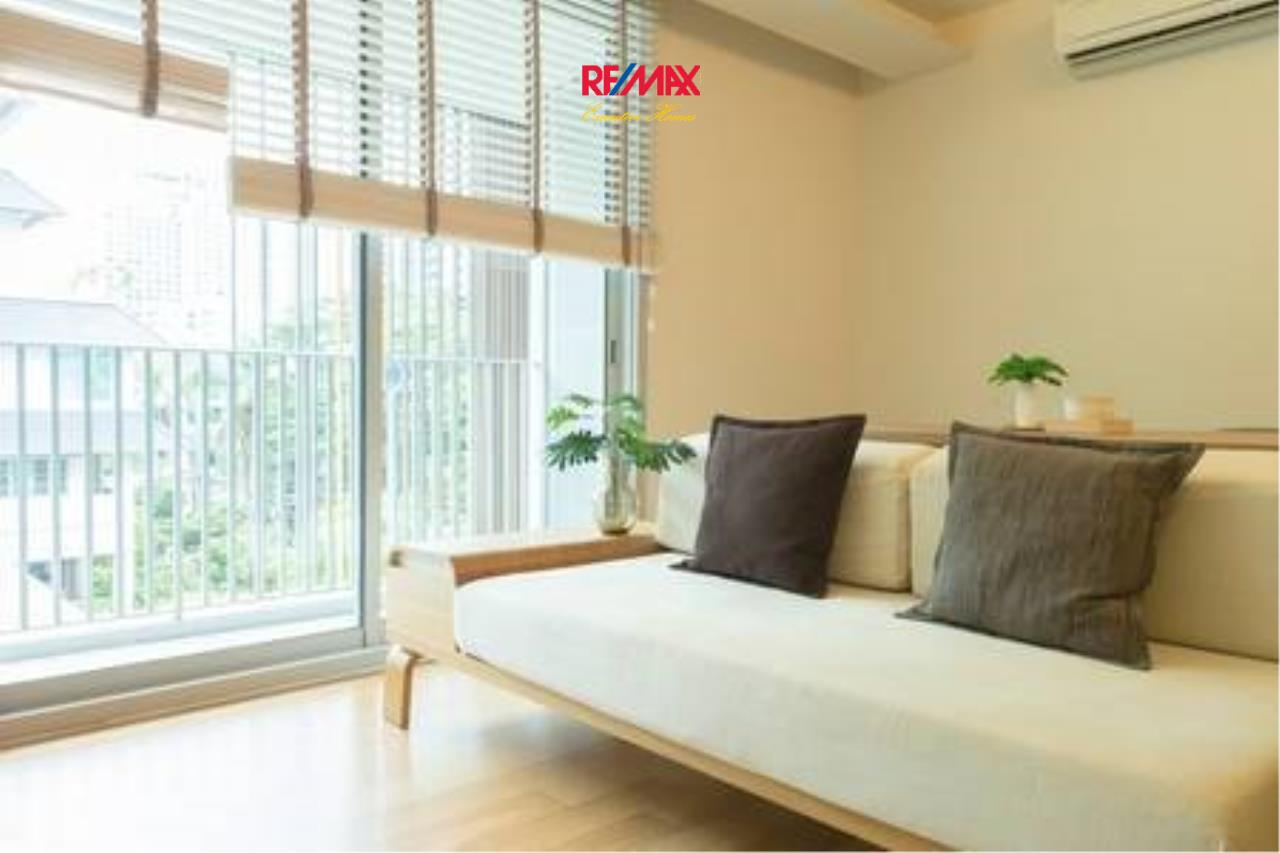 RE/MAX Executive Homes Agency's Beautiful 1 Bedroom for Rent Via 31 1