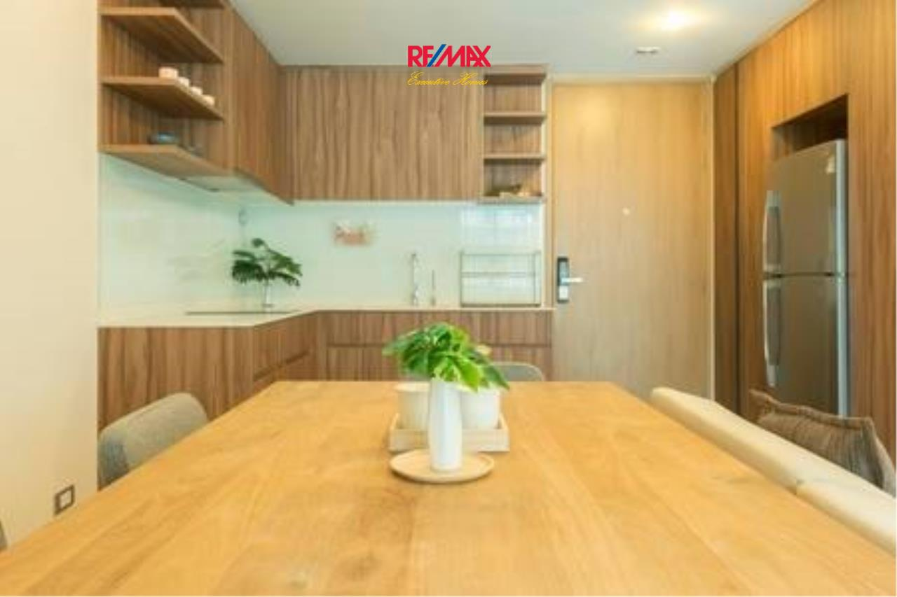 RE/MAX Executive Homes Agency's Beautiful 1 Bedroom for Rent Via 31 5