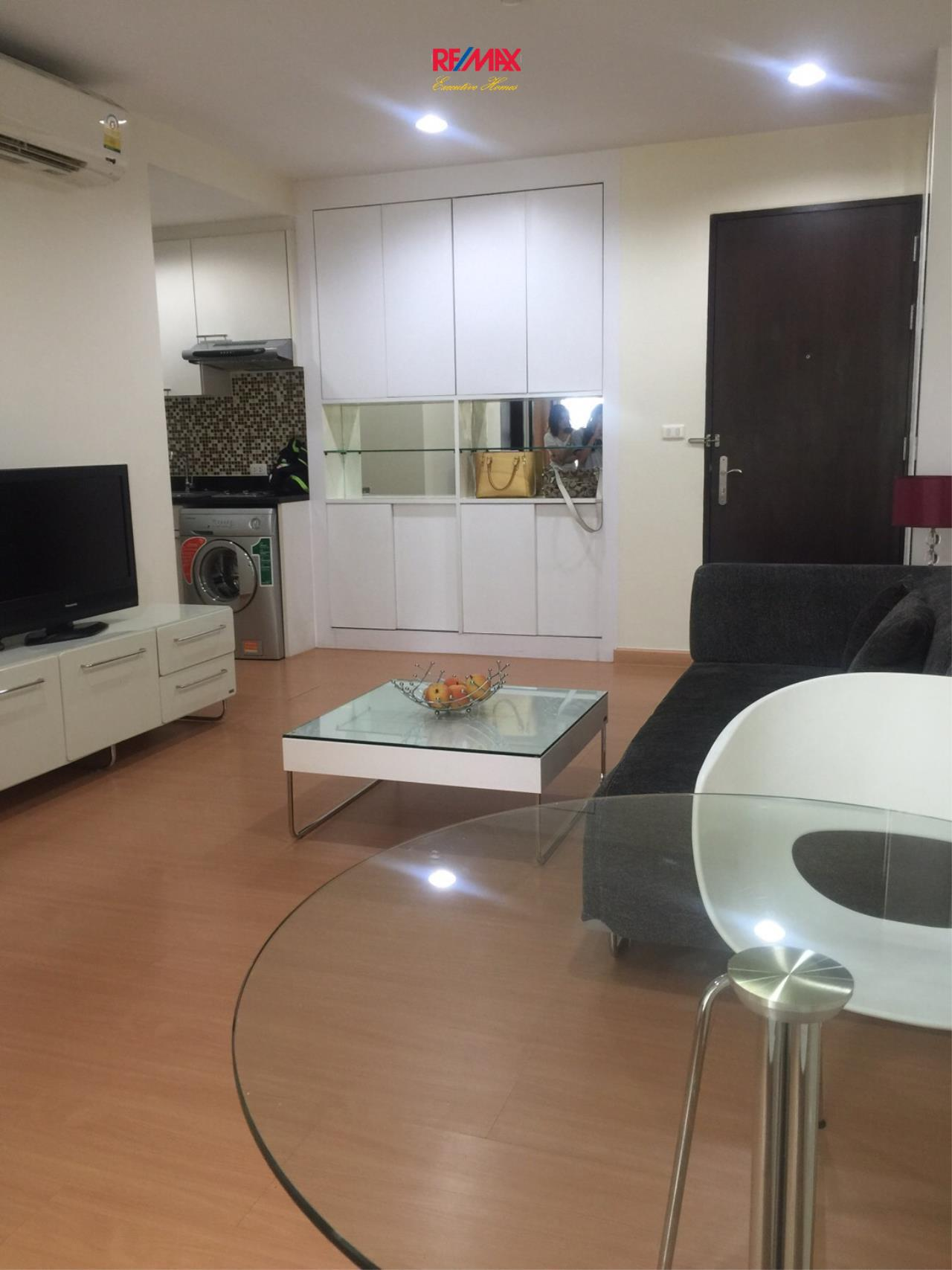 RE/MAX Executive Homes Agency's Nice 1 Bedroom for Rent and Sale Address Sukhumvit 42 3