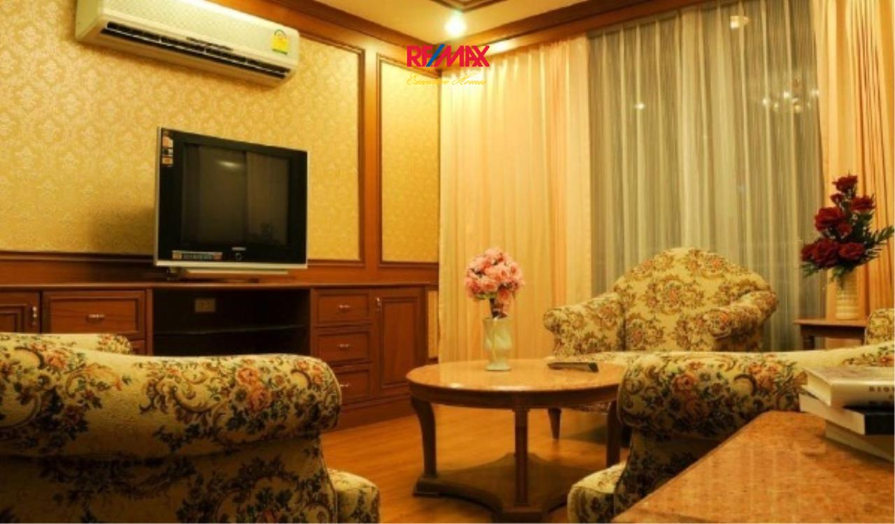 RE/MAX Executive Homes Agency's Spacious 2 Bedroom for Rent Asoke Place 2