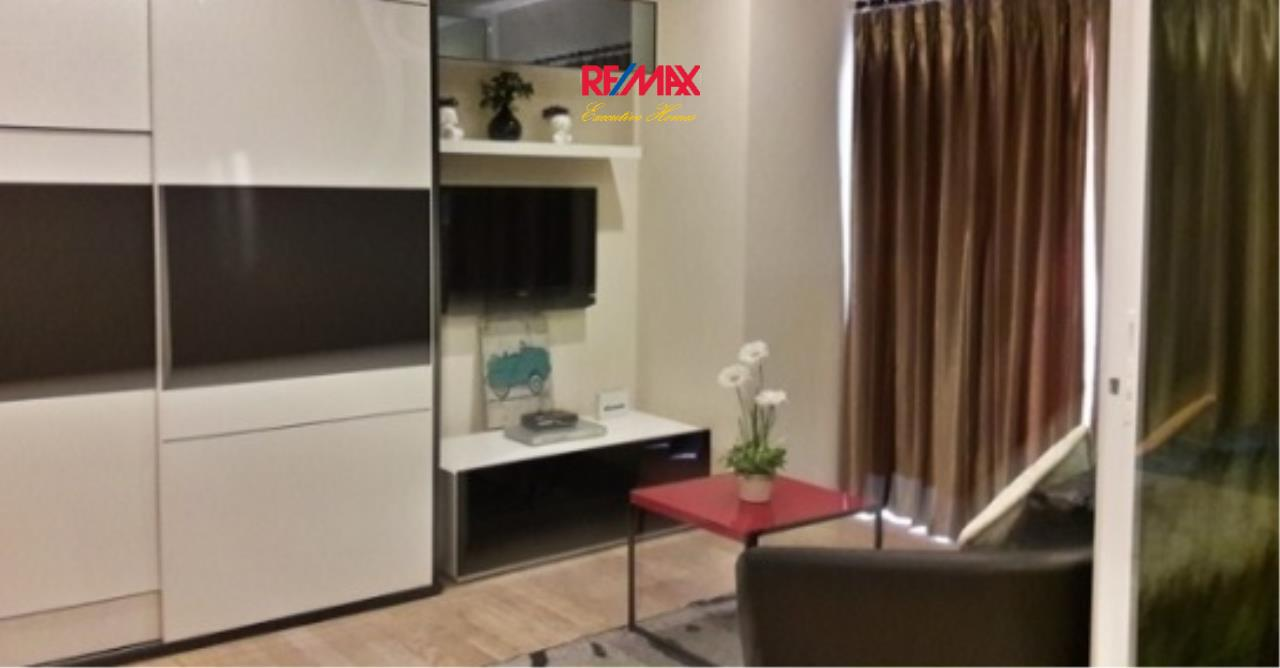 RE/MAX Executive Homes Agency's Spacious 1 Bedroom for Rent Noble Remix 3