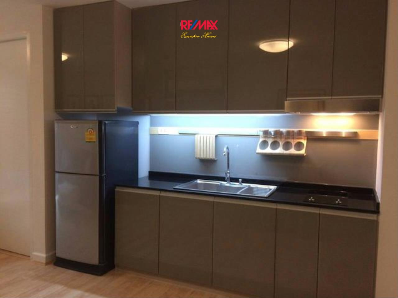 RE/MAX Executive Homes Agency's Newly Renovated 1 Bedroom for Rent Clover Thonglor 6