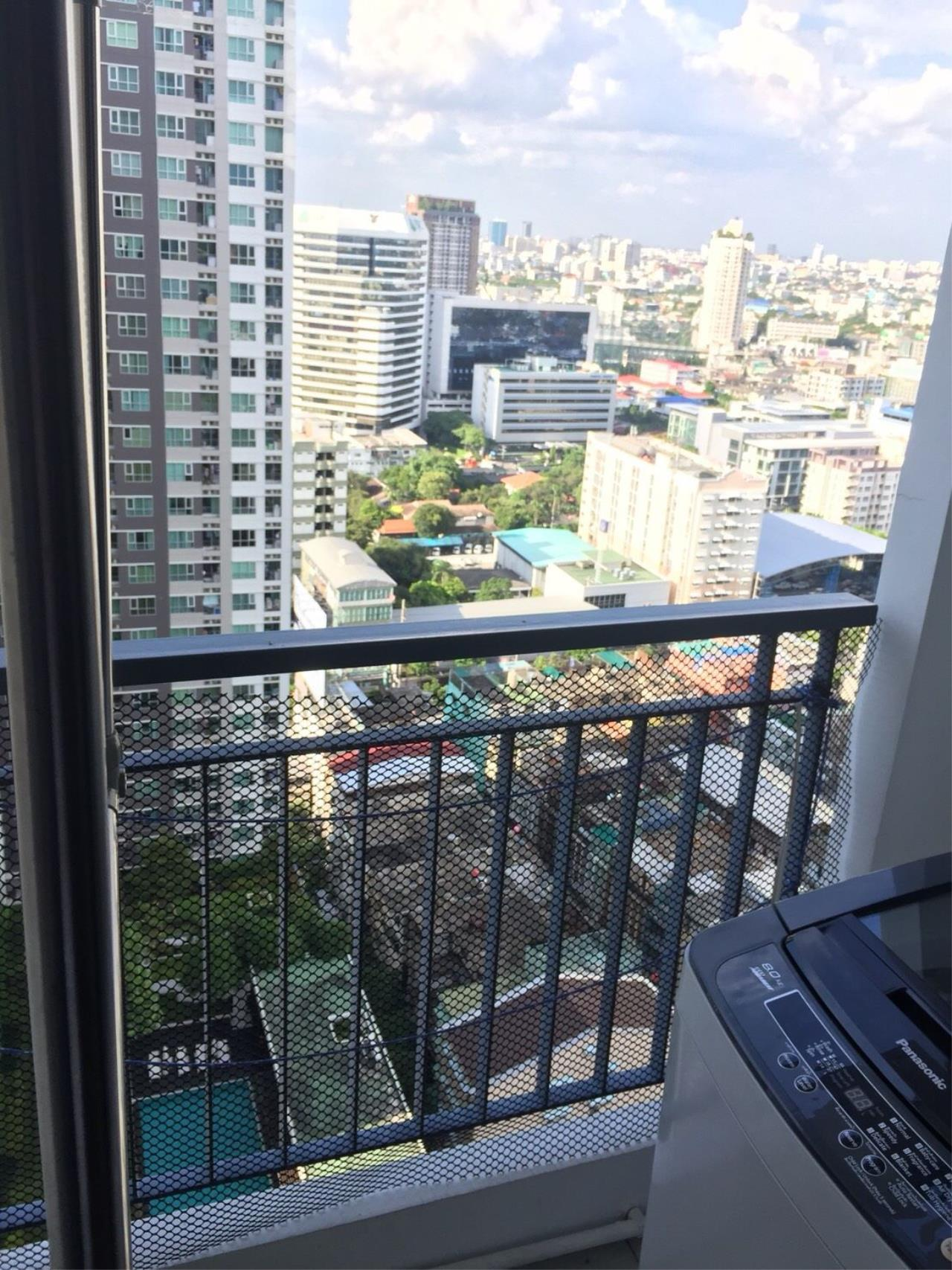 Quality Life Property Agency's S A L E !! Aspire Rama 4 1BR 28 Sq.m. Pool view 11