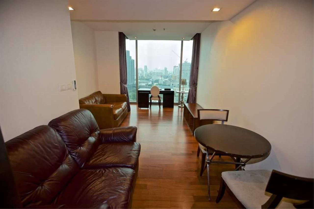 Quality Life Property Agency's S A L E !! [ ASHTON MORPH 38] 1Br 52.5 Sq.m. High Floor NICE VIEW !! 1