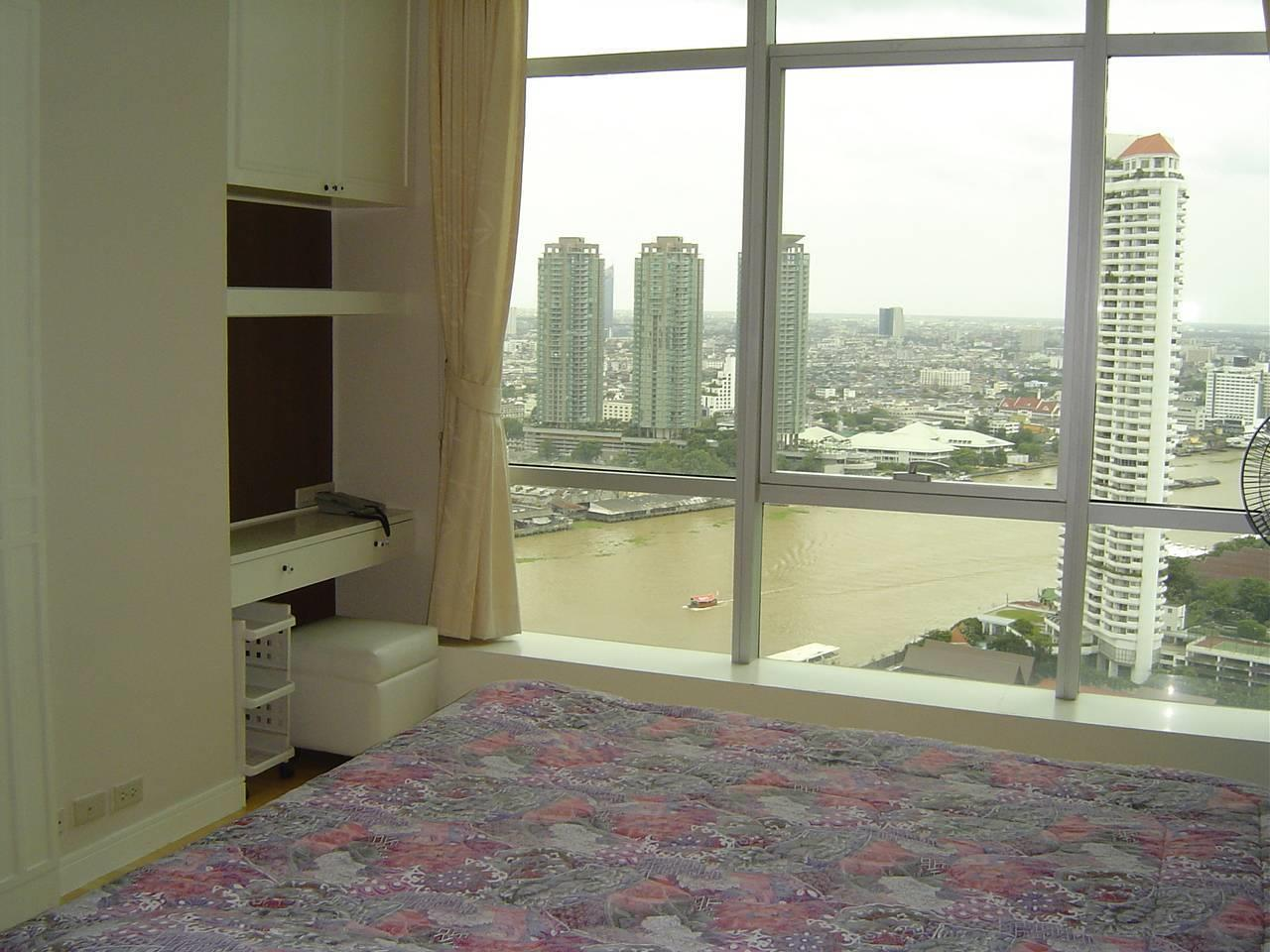 Quality Life Property Agency's For Rent Condo Baan Chao Praya Sathorn 1 Bedroom 1 Bath High Floor Top View 6