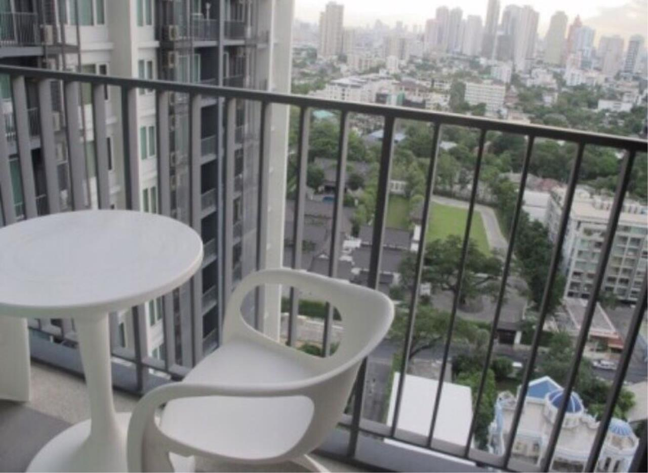 Quality Life Property Agency's S A L E WITH TENANT !! << SIRI AT SUKHUMVIT>>  1 Br 50.50 Sq.m. High Floor, Nice View!! 11