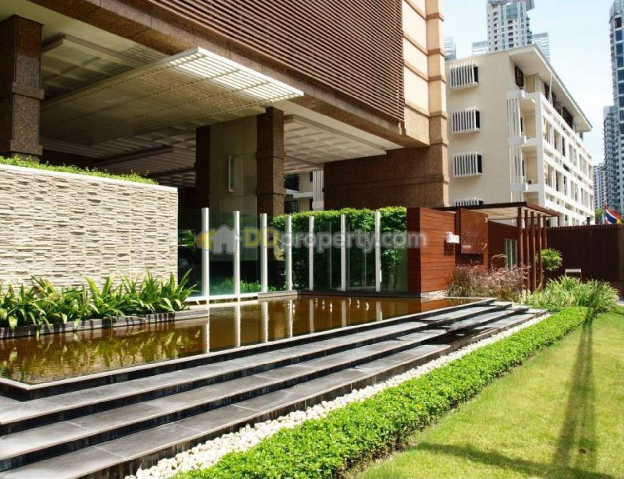 Quality Life Property Agency's Condo For Sale With Tenant 3 Bedroom At Baan Siri 24, Corner Unit Wide Area On High Floor 2