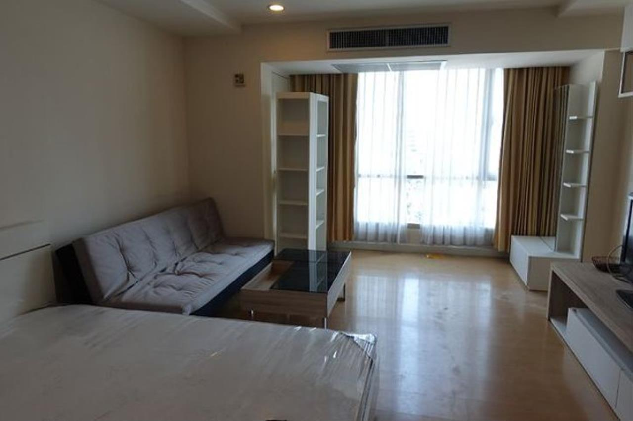 Quality Life Property Agency's **** For Rent*******  At The Trendy Condominium , Wide Area, Facing East , Floor 1x , Fully Furnished Ready To Move In 2