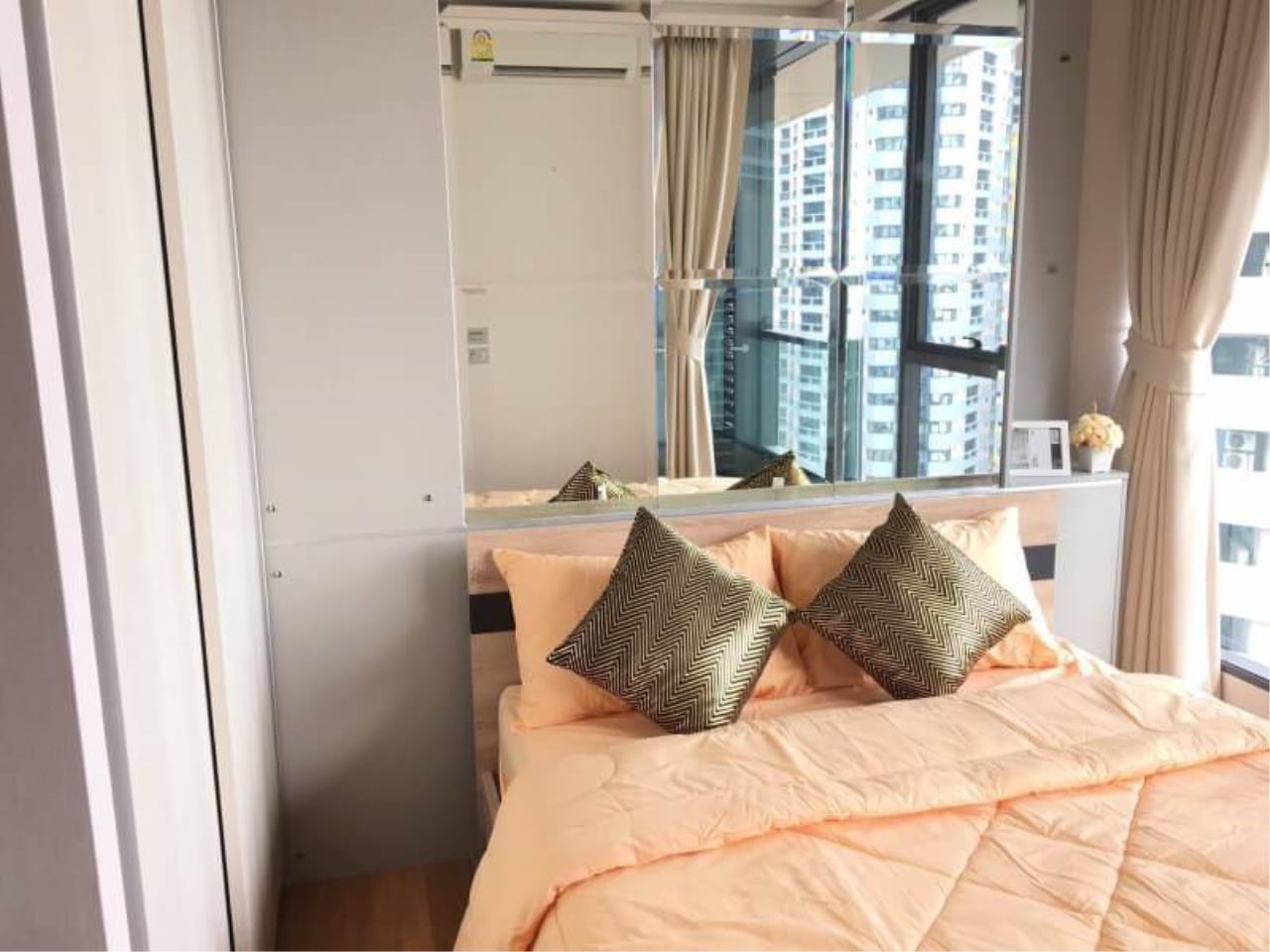Quality Life Property Agency's S A L E & R E N T !! [ THE LUMPINI 24 ] 1 BR 26.22 Sq.m. Amazing View & Nice Decoration !! 3