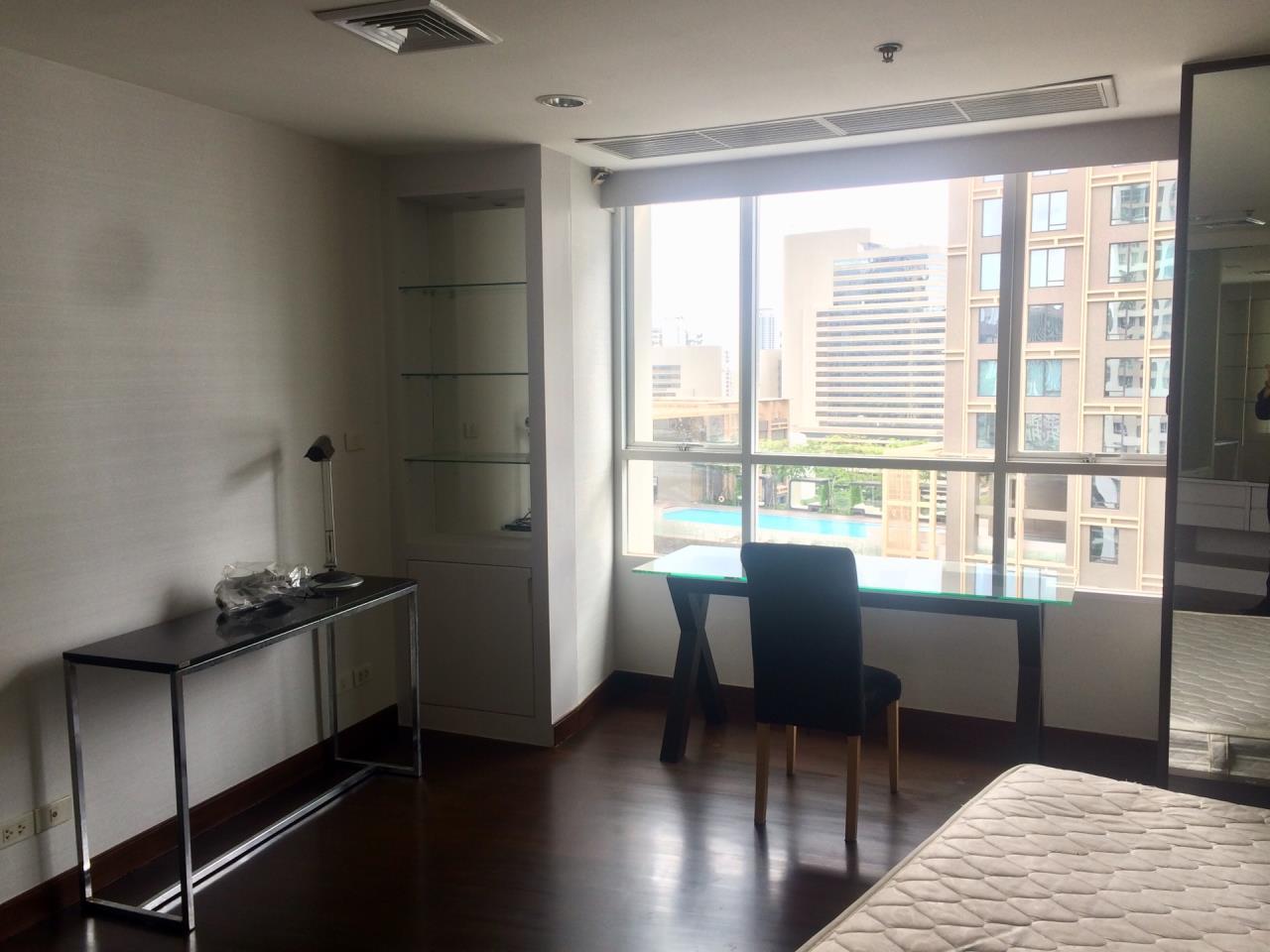 Quality Life Property Agency's 1-BEDROOM CONDO FOR RENT IN URBANA LANGSUAN 17 FOOR 5