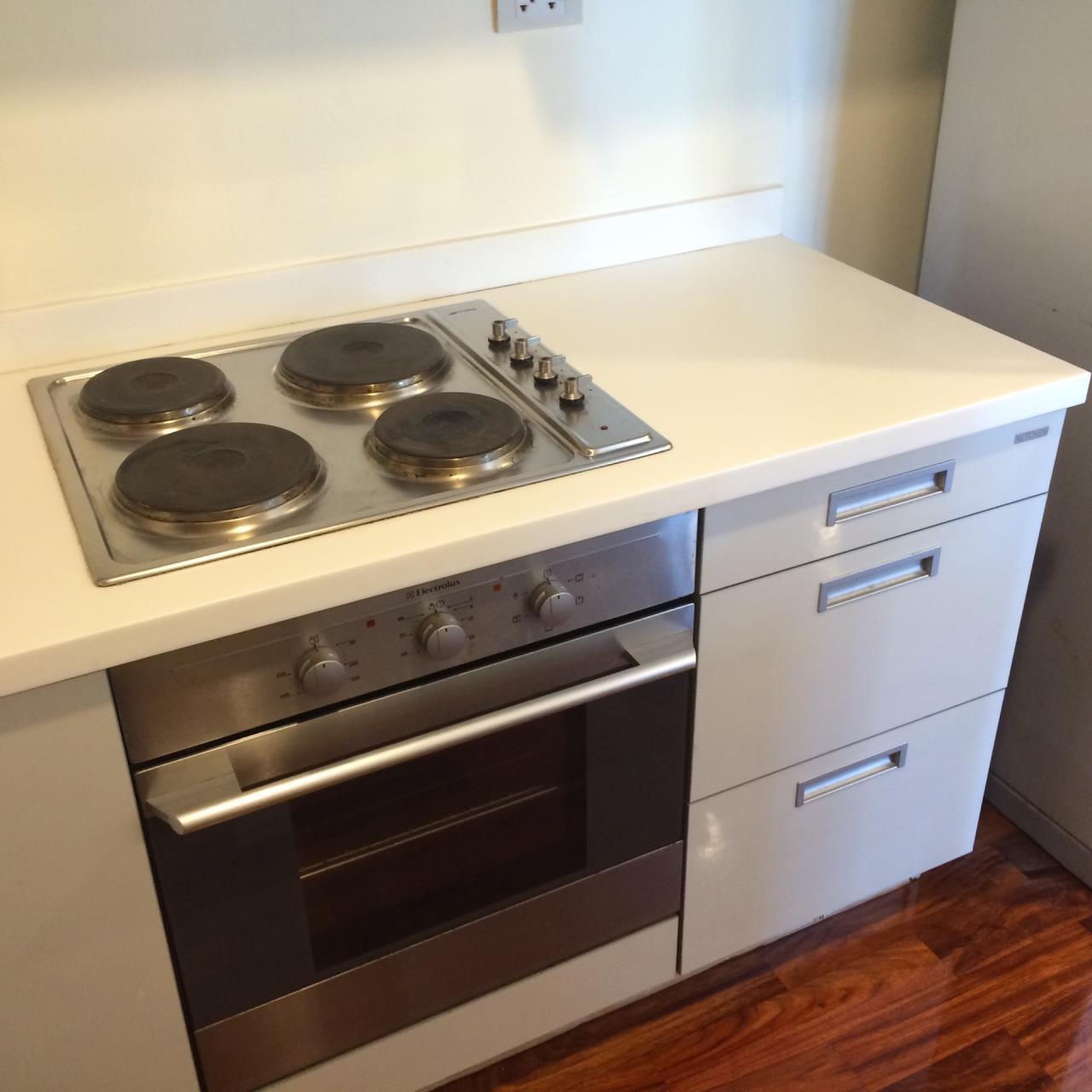 Quality Life Property Agency's 1-BEDROOM CONDO FOR RENT IN URBANA LANGSUAN 17 FOOR 4