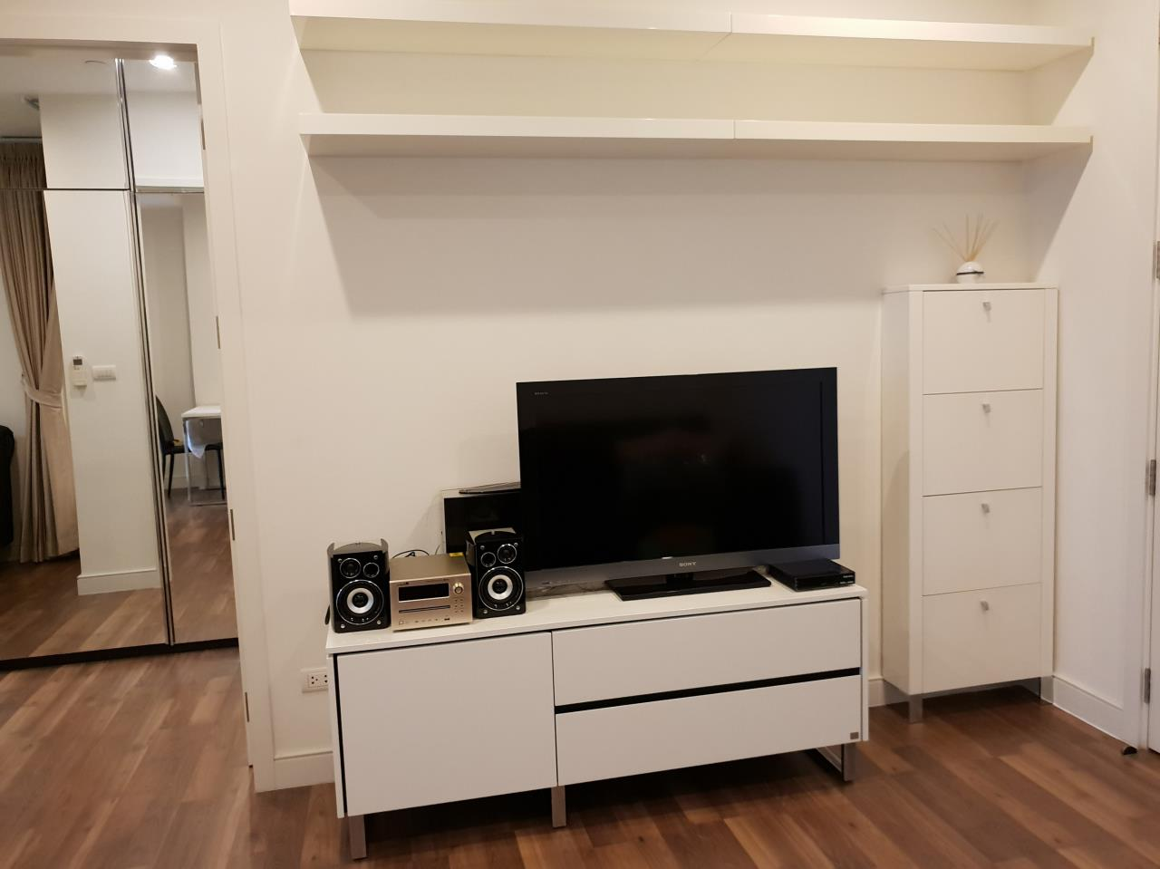 Quality Life Property Agency's RENT **** WITH TENANT ! THE ROOM SUKHUMVIT 62 | 1 BED 1 BATH | 45 SQ. M. 12 A FOOR 3