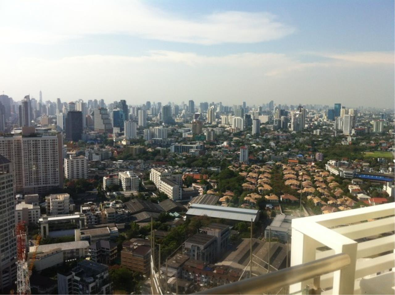 Quality Life Property Agency's Condo 2 Bedroom For Rent At  Sky Walk  High 41 , Nice View 24