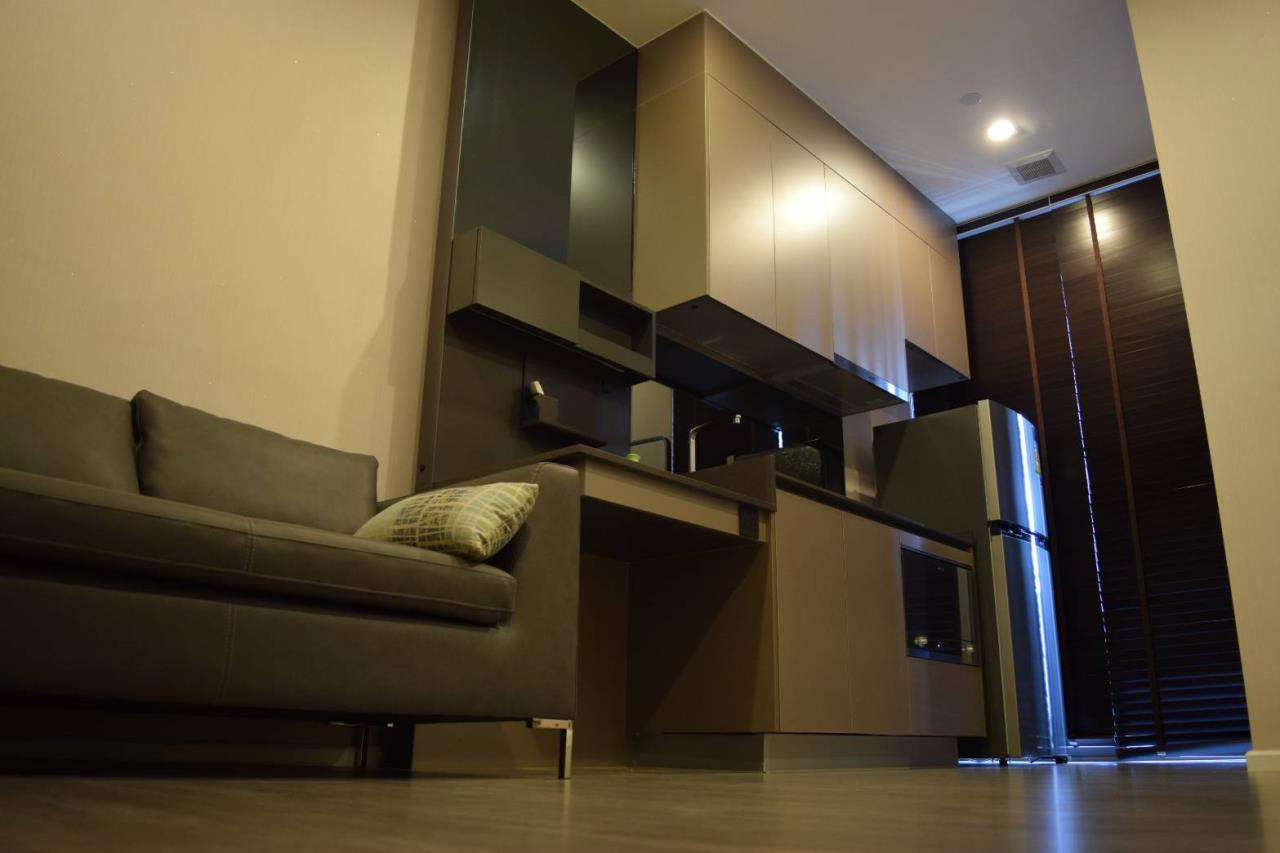 Quality Life Property Agency's Condo For Rent!!! The Room Sukhumvit  69  / 1 Bedroom  / 11 Floor 3