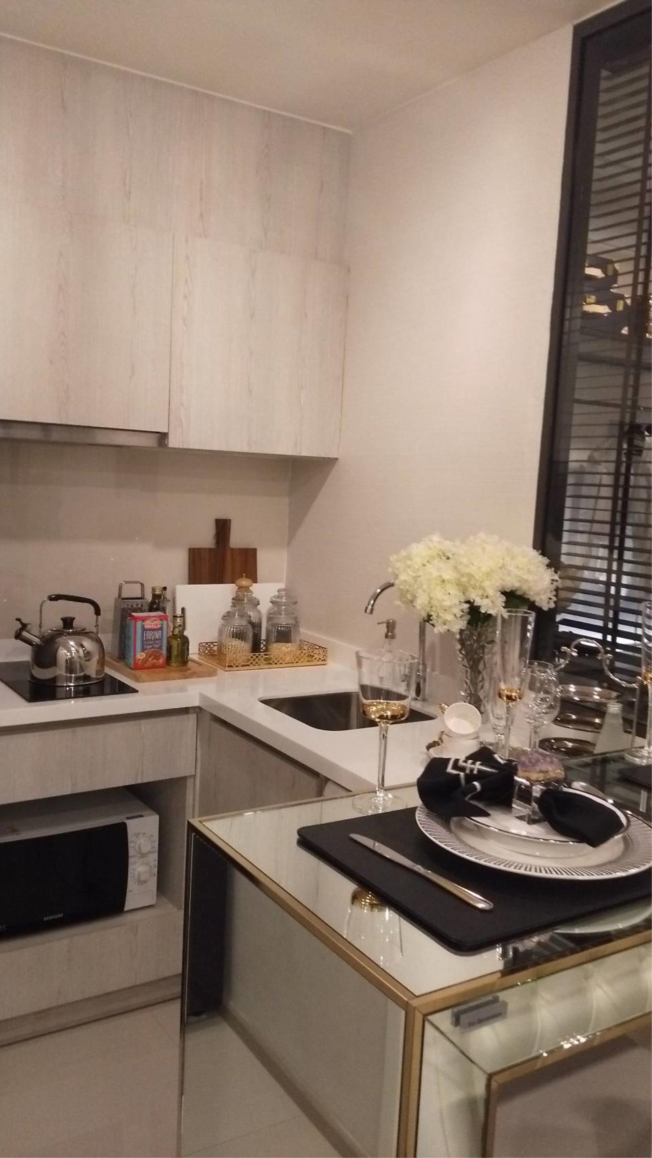 Quality Life Property Agency's Condo For Sale!!! Life One Wireless / 1 Bedroom / 21 Floor 6