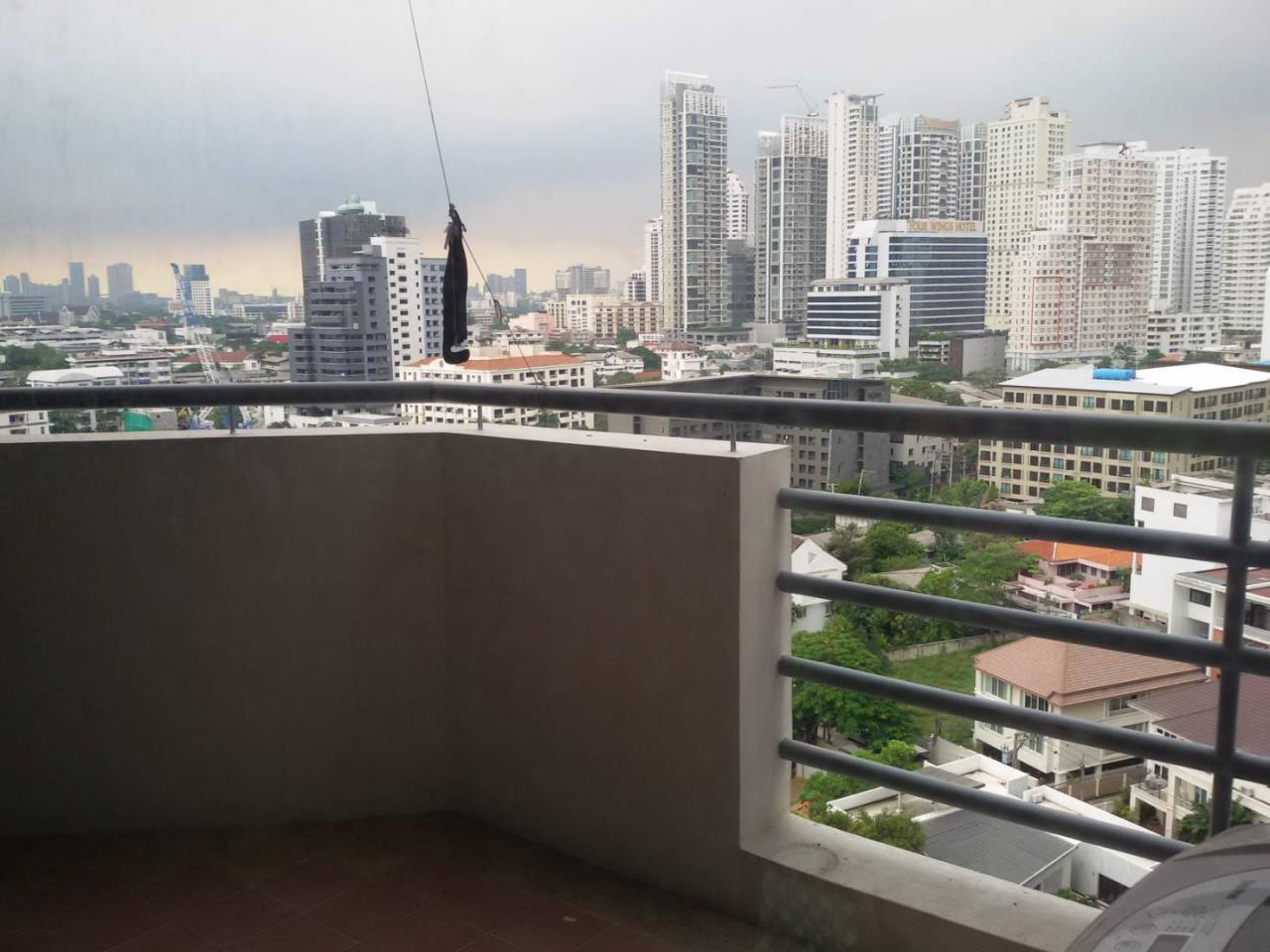 Quality Life Property Agency's Waterford Diamond Tower Condo For rent!!! 2 Bedroom / 12 Floor 7
