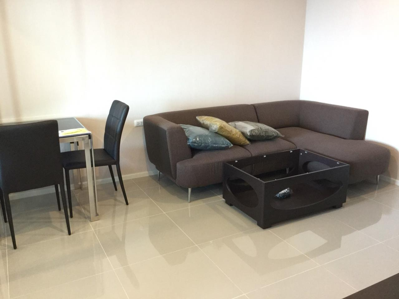 Quality Life Property Agency's CONDO FOR SALE!!! Aspire Rama 9 / 1 Bedroom / 19 Floor 4