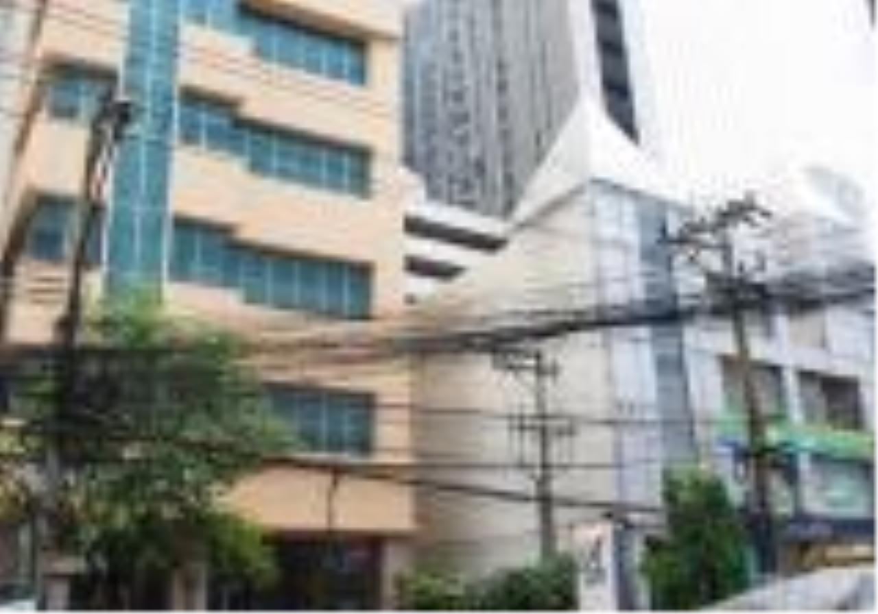 Quality Life Property Agency's For Rent!!! Asoke Place / 2 Badroom  / 17 Floor 1
