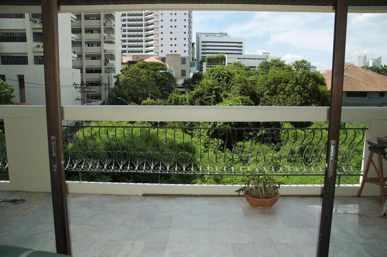 Best BKK Condos Agency's Prime Mansion Sukhumvit 31 - 258 SQM - For Sale 16,5MB - 3 Bedrooms - 4 Bathrooms  4