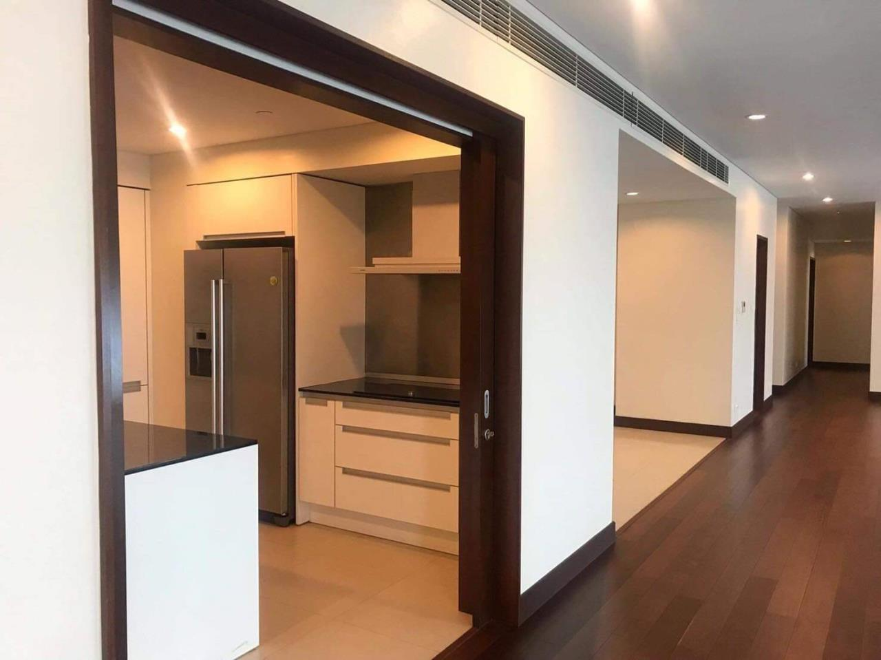Bestbkkcondos Agency's The Park Chidlom Condominium/ 3 beds/3 baths/ 253 SQM/ for rent 230K/for sale 79000000thb 4