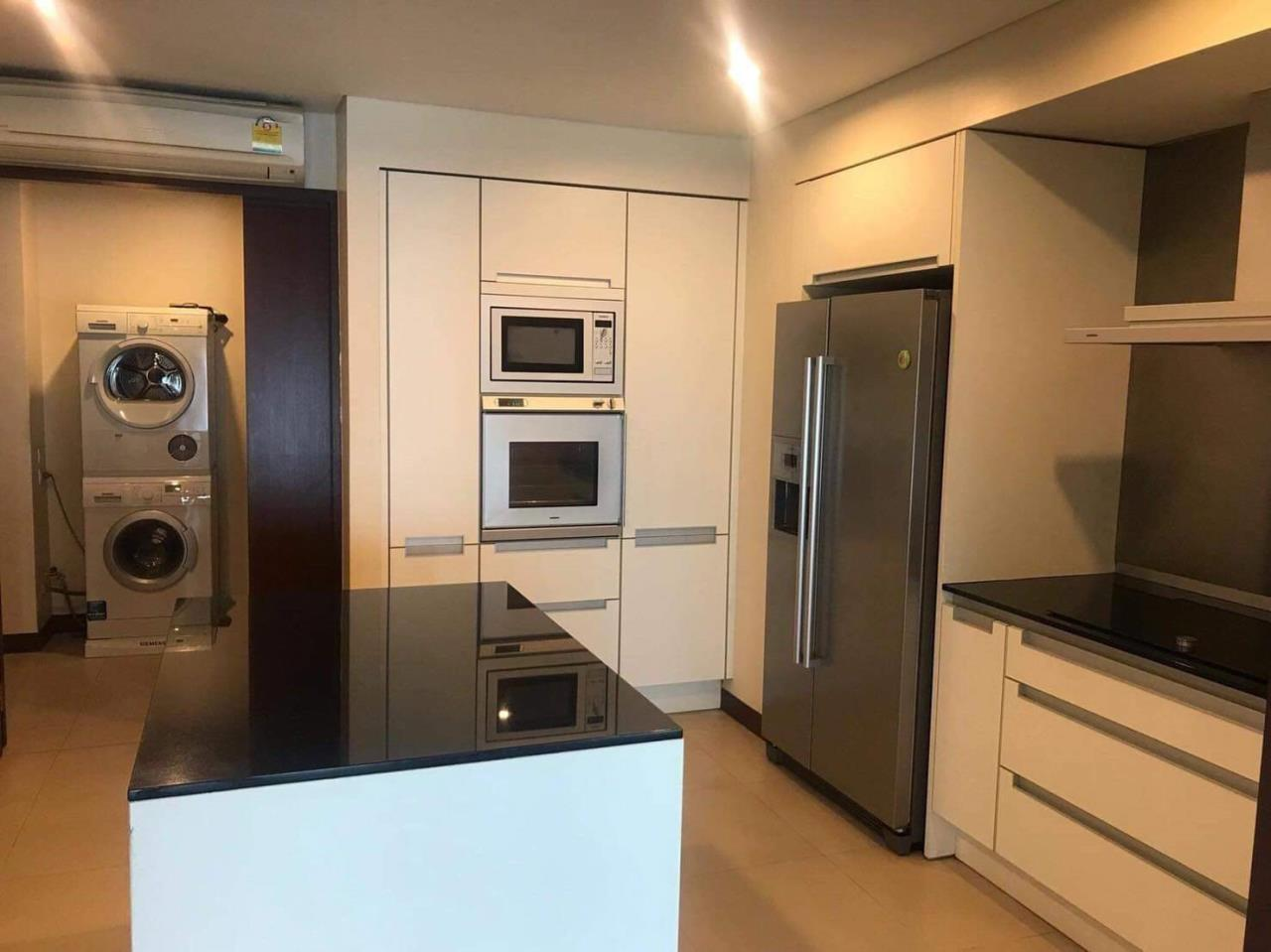 Bestbkkcondos Agency's The Park Chidlom Condominium/ 3 beds/3 baths/ 253 SQM/ for rent 230K/for sale 79000000thb 8