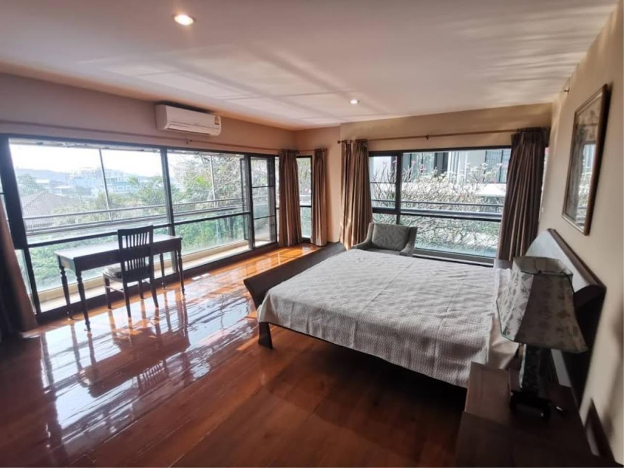 Bestbkkcondos Agency's For rent 48,000 THB The natural suite place Ngamdupli, Sathorn 1. 150 sq.m. 2 Bedroom 2 Bathroom. 3