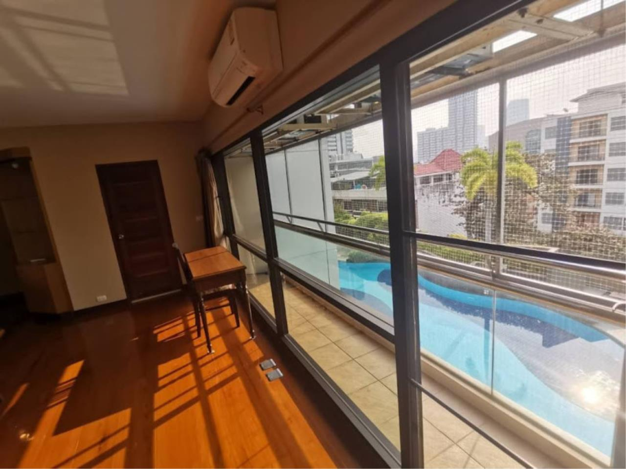 Bestbkkcondos Agency's For rent 48,000 THB The natural suite place Ngamdupli, Sathorn 1. 150 sq.m. 2 Bedroom 2 Bathroom. 6
