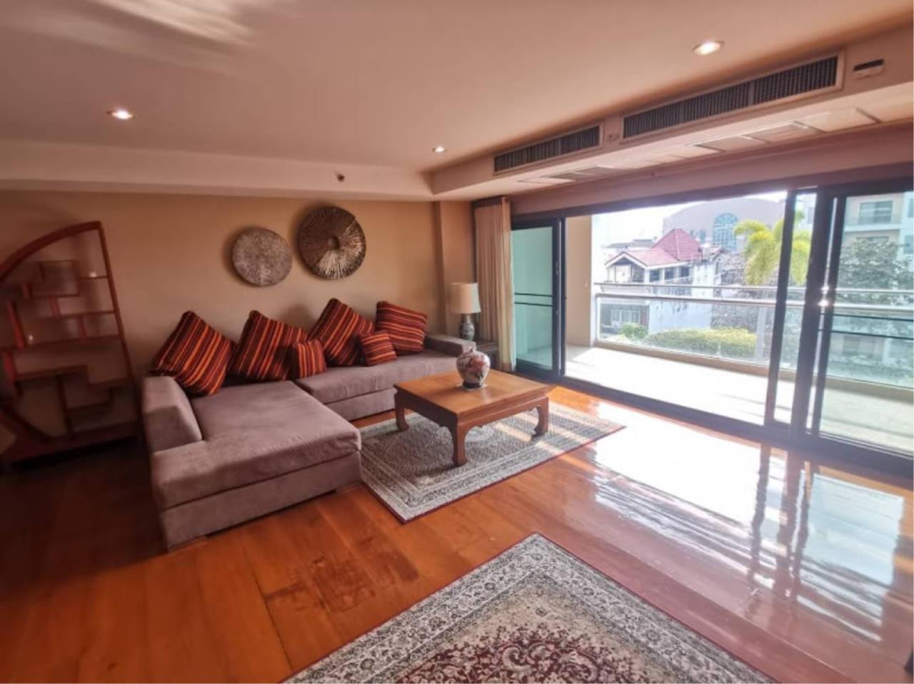 Bestbkkcondos Agency's For rent 48,000 THB The natural suite place Ngamdupli, Sathorn 1. 150 sq.m. 2 Bedroom 2 Bathroom. 5