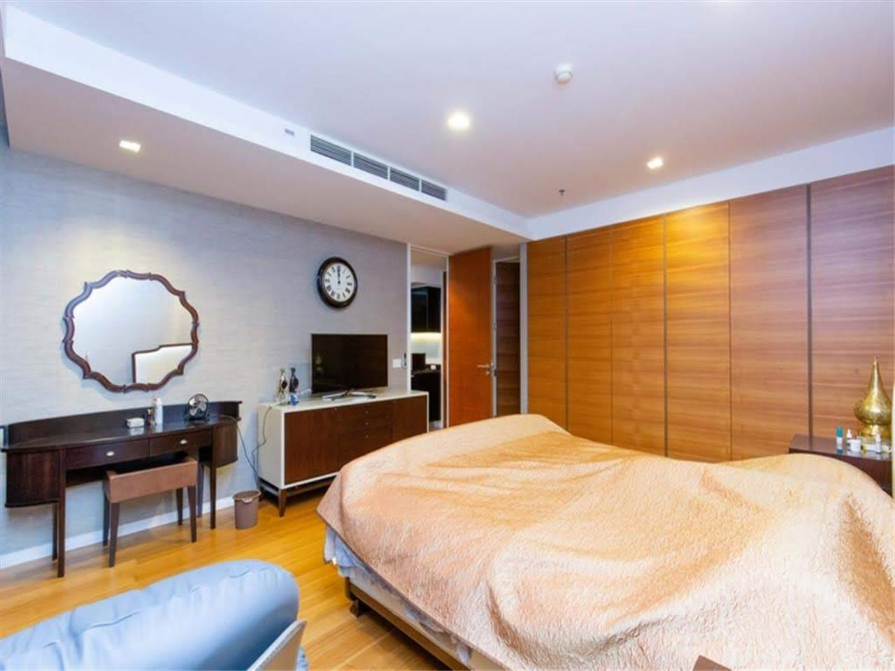 Bestbkkcondos Agency's The River - 233,8 sqm - For Sale : 52 000 000 THB - 3 Bedrooms 4